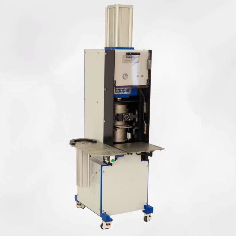 Gyratory compactor